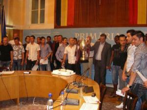 A CFR és a vezetősége megmutatta magát és a kupát a polgármesternek